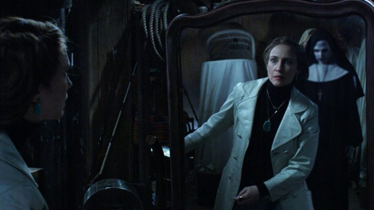 valak e lorraine the conjuring img
